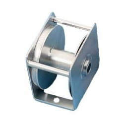 Winch for flagpole